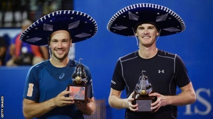 Jamie Murray and Bruno Soares celebrate their win at the Mexican Open.