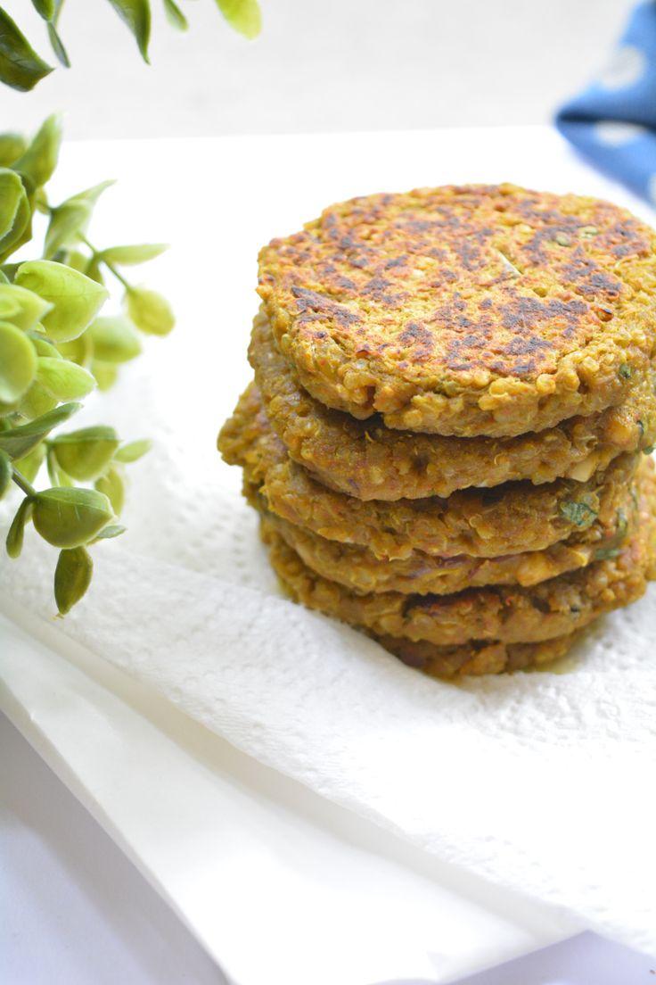 Quinoa Hummus Cakes | Yes, I am Vegan :)