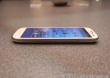 Samsung Galaxy S III Overview & User Reviews - Cell Phones - CNET Reviews