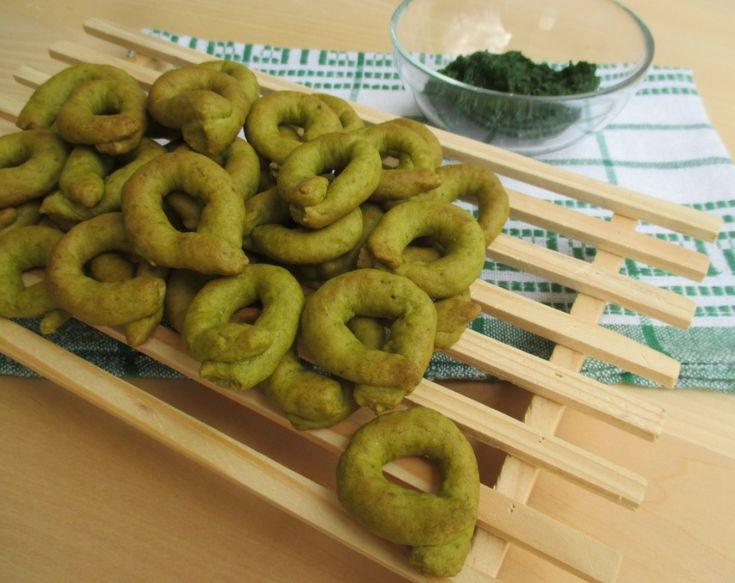 Tarallini verdi con esubero di pasta madre