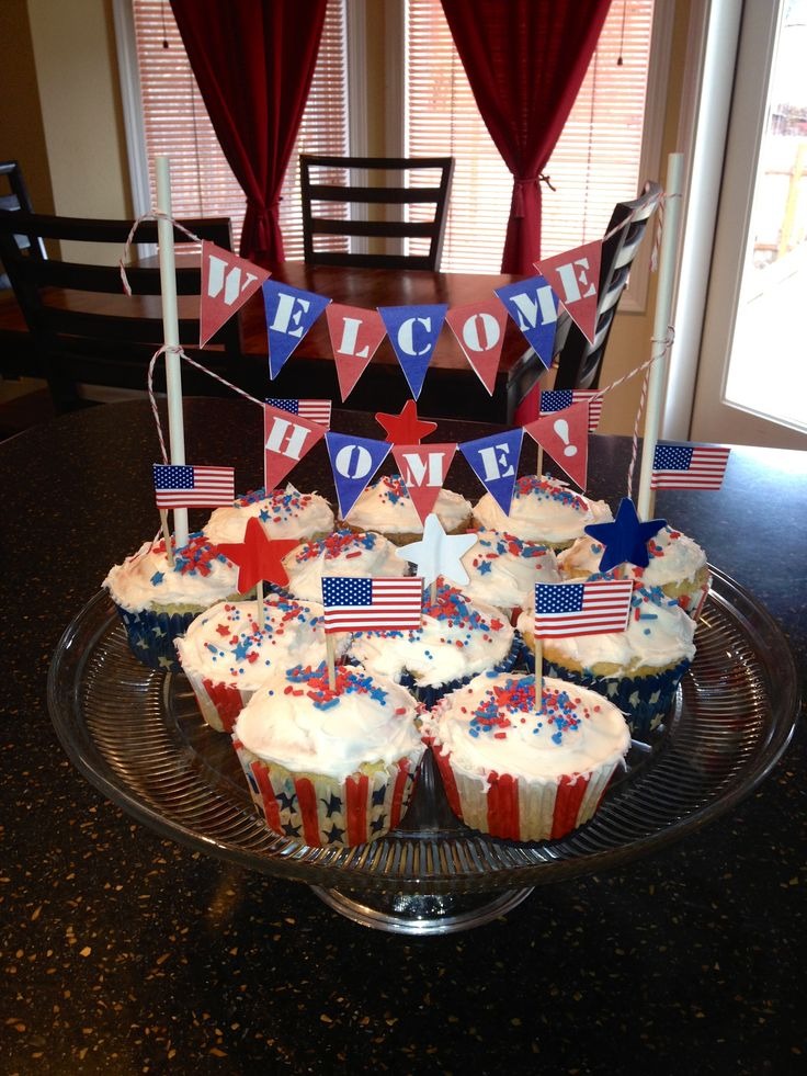 A fun DIY banner craft and patriotic themed cupcakes for a soldiers return.  Banner found on Pinterest and cupcake toothpicks found on Amazon.com and Oriental Trading Co.