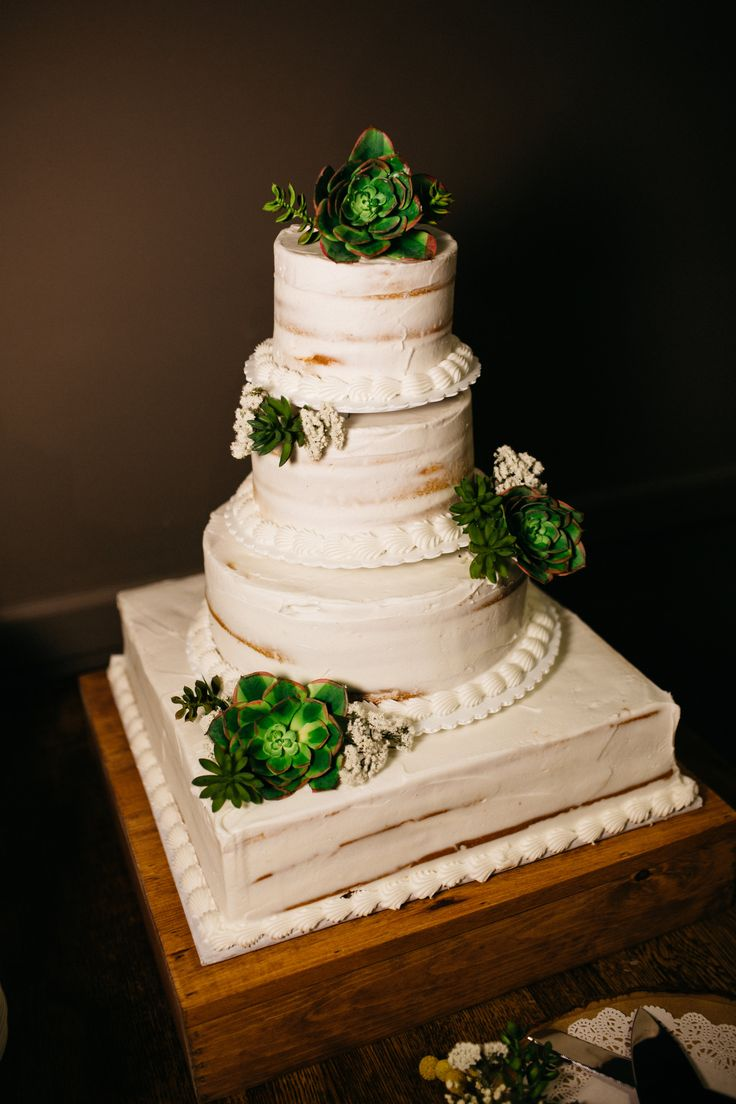 wedding cakes with bells succulent adorned wedding cake view the wedding 25978