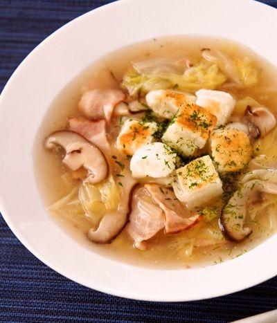 こんがりぽかぽか♪焼き餅と白菜の生姜スープ by すたーびんぐさん ...