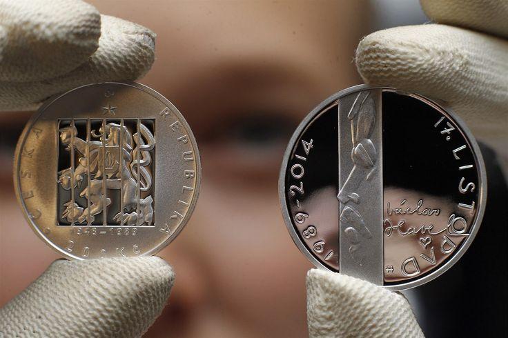 Pamětní mince k 25. výročí sametové revoluce.