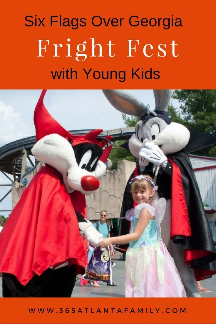Learn how to navigate Six Flags Over Georgia's Fright Fest with Young kids, plus 5 fun activities for the kids