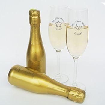 Proost op 2016 met champagneglazen gegraveerd met naam!