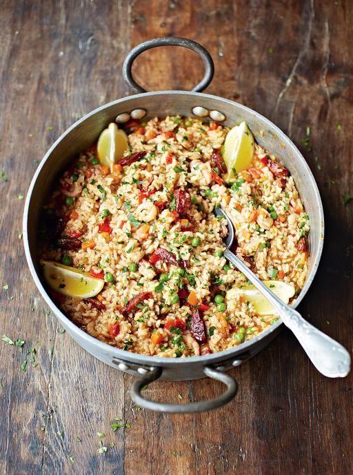 http://www.jamieoliver.com/recipes/rice-recipes/chicken-chorizo-paella/#X4wc7ujoCvGJHJrW.97