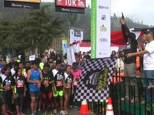 1003 Pelari Ramaikan Bromo Marathon