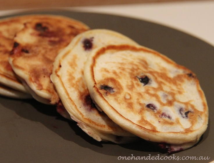 fluffy blueberry ricotta pancakes | Baby food recipes | Pinterest