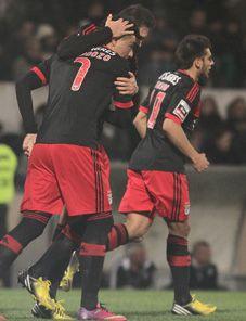 BENFICA GLORIOSO...: Campeonato Nacional V. Guimarães – Benfica, 0-4: E a 19.ª vitória foi assim (com fotos)