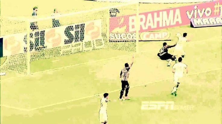 Rogério Ceni tenta dar rasteira em Valdivia depois do gol na vitória do Palmeiras sobre o São Paulo