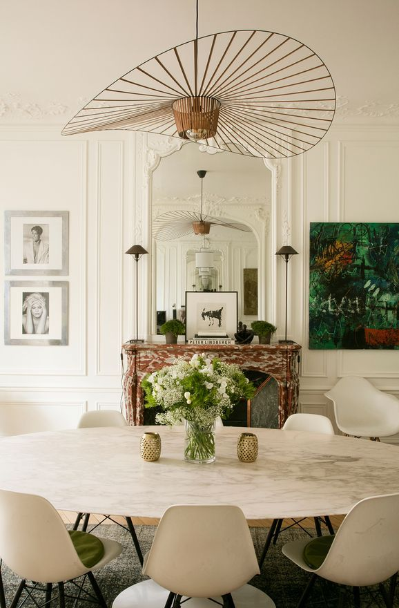 More interior inspiration on www.ringthebelle.com home / interieur / inspiration / paris / decoration / petite friture / knoll / chaise / table / #ringthebelle / #storystore