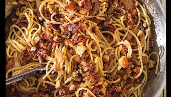 Midnight Spaghetti (Spaghettata di Mezzanotte) (Pasta with Anchovies, Capers, and Tomato Sauce) Recipe | SAVEUR