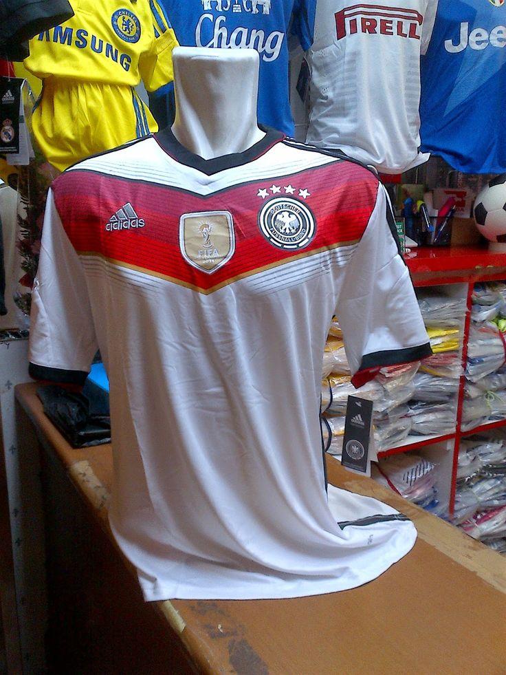 Kaos Jersey Germany FIFA World Cup 2014 Winning 4 Stars - Home...Harga Rp.150.000,-