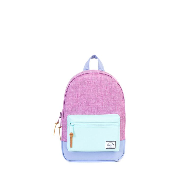 Scaled down for children ages 3 to 6, the traditional Herschel Settlement™ Kids backpack features exposed plastic zippers and durable custom detailing. Signatur