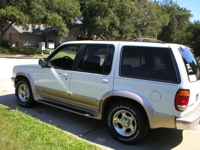 Large in addition Macpherson Strut Sm furthermore Ad C A D likewise Ford Explorer Body Mount Noise besides Wd Ranger Long Travel Kit. on 2000 ford explorer sport shocks