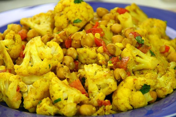 Vegetarian Cauliflower With Chickpeas Curry Recipe. Recipe on Yummly. @yummly #recipe