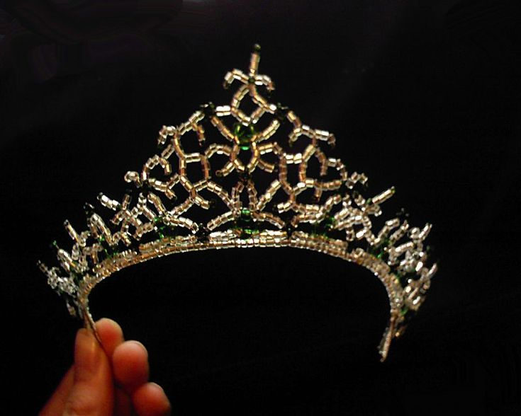 Beaded tiara picture tutorial