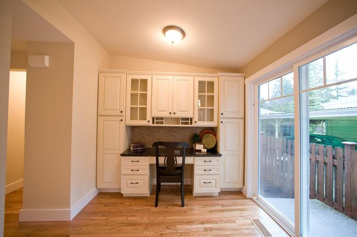 Image detail for -built in desk in kitchen - group picture, image by tag ...
