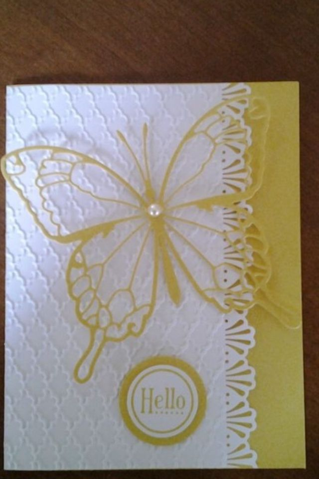 .Use Memory Box Vivienne Butterfly die.: