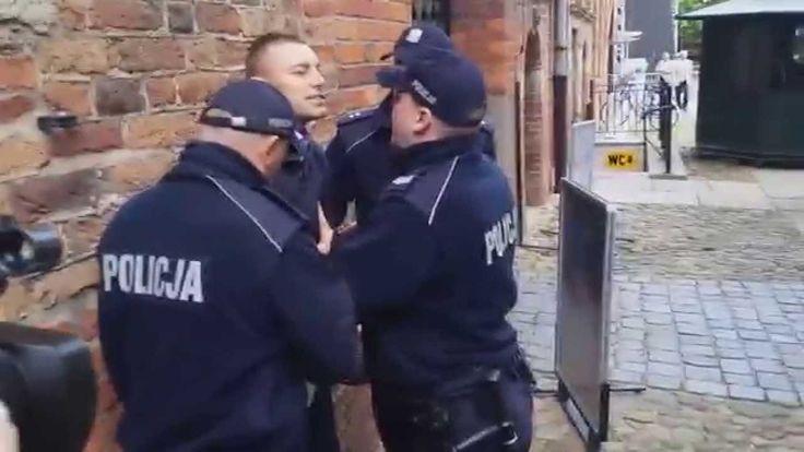 B. Komorowski w Toruniu za zamkniętymi drzwiami! BOR i Policja w akcji! ...