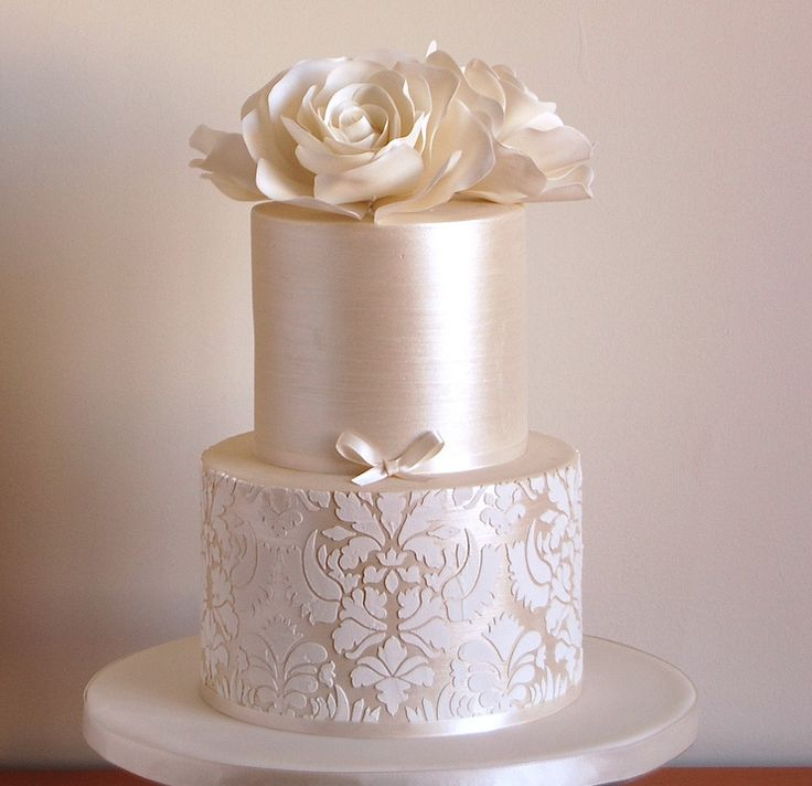 stencils for wedding cakes 25 best ideas about damask patterns on 7702