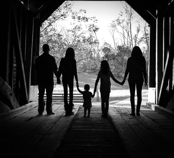 Family fall photo shoot autumn photo session Rebekah Stratton Photography