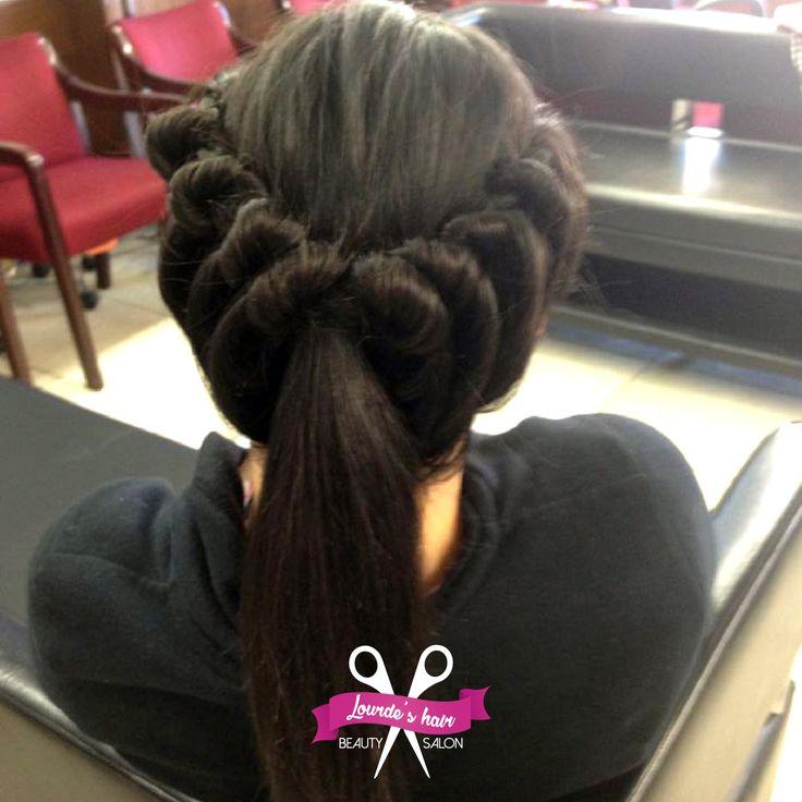 Los mejores #Peinados los encntraras en nuestro salon #LourdesHairBS contando con un gran equipo de trabajo a tu disposicion #LourdesStyle