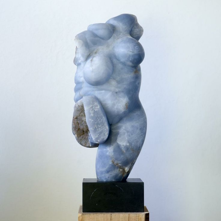 Mel Fraser - Standing Rubenesque Figure II - Blue alabaster