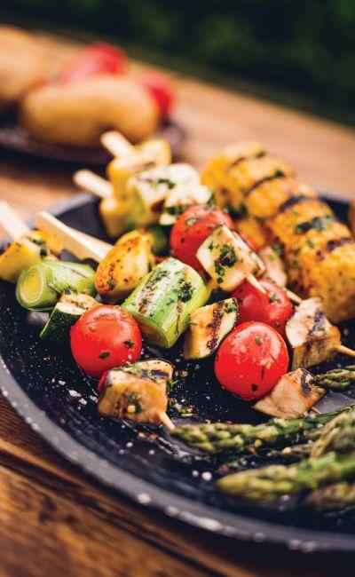 Friske opp minnet til grillsjefen? Gi bort et grillkurs som gir ny kunnskap og triks til middagene!