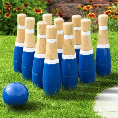Hey! Play! 8 Inch Wooden Lawn Bowling Set, Blue