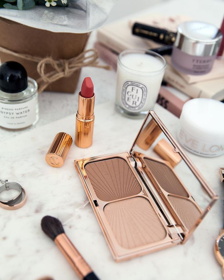 See Instagram photos  from Style & Travel - Jenelle Witty (@inspiringwit) Charlotte Tilbury duo