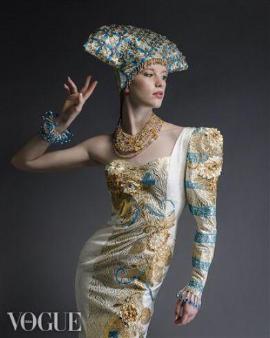 #Luzhina, #Photo #Model #JenkasFashion #Russian #couture #kokoshnik #dress #vogue #Mariarockphoto