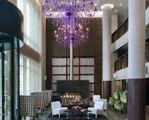 Redbook magazine best Splurge hotel in NY for families. Rooftop pool and milk and cookie turndown