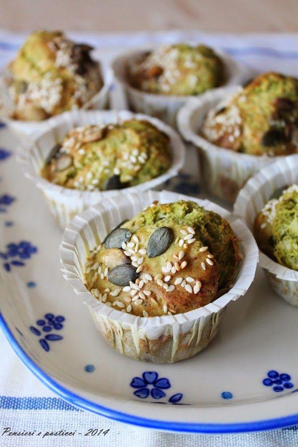 muffins salati agli spinacini, formaggio e semi http://www.pensieriepasticci.com/2014/06/muffins-salati-agli-spinacini-formaggio.html