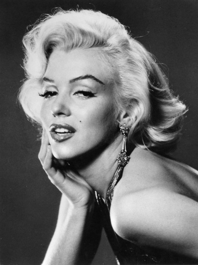 Marilyn MonroeMarilyn Monroe, Hollywood Glamour, Beautiful, Hair Makeup, Black White, Marilynmonroe, Jeans Harlow, Bedrooms Wall, Role Models