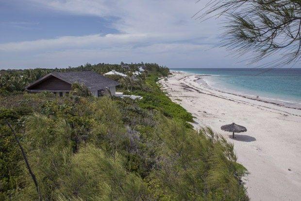 Casa se camufla em paraíso caribenho