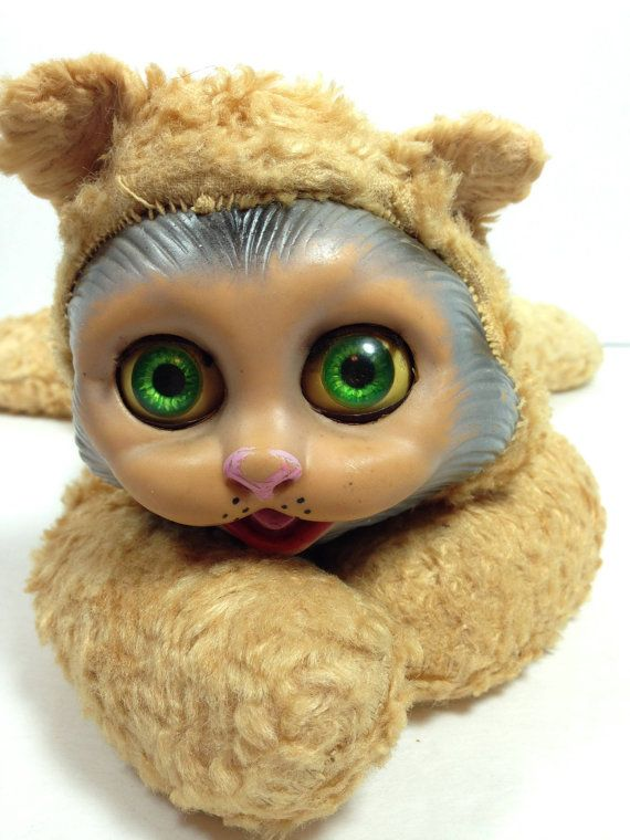 25 Fantastically Retro And Vintage Home Decorations: 17 Best Ideas About Creepy Stuffed Animals On Pinterest