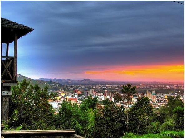 Vista de Temuco, desde el Monumento Natural Cerro Ñielol.