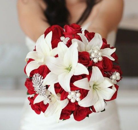 oh i love this for the bridal bouquet #wedding#mybigday