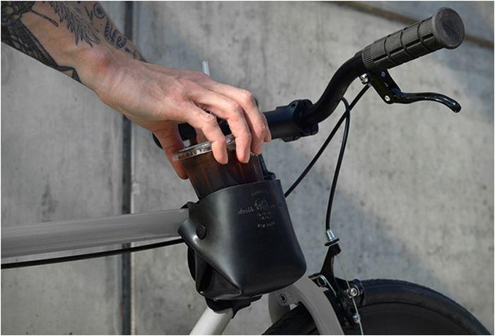 Велосипедный держатель для напитков от Death at Sea.