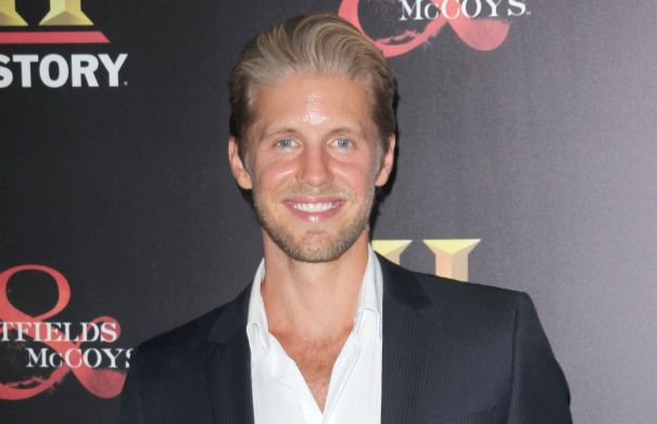 Matt Barr To Star In the CW Pilot 'Valor'