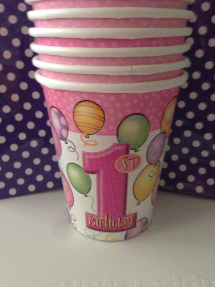 Party cups matched table cloths
