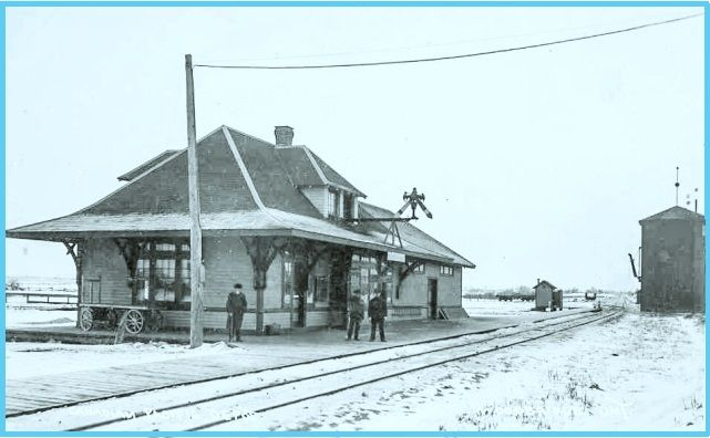 Woodbridge, Ontario - Canadian_Pacific_Railway_Station - _ca.1910 pc_edited