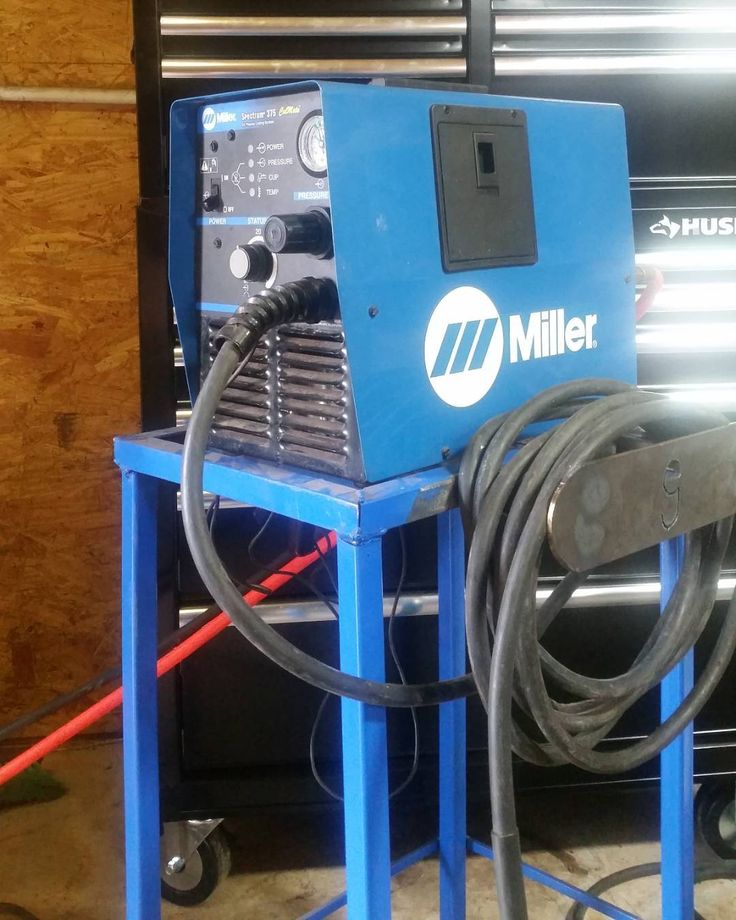 PLASMA CUTTING SERVICES NOW AVAILABLE. MESSAGE FOR INQUIRIES  Snatched up a Miller Spectrum 375 plasma cutter at an estate sale with only hobby hours on it.  #blacksmith #forge #forging #blacksmithing #tools #MadeInTheUSA #fabrication #welding #machinist #machine #machines #machining #forgedinfire #entrepreneur #bladesmithing #bladesmith #MadeInAmerica #fabricating #welder #weld #millerelectric #plasma #customfabrication #forsale