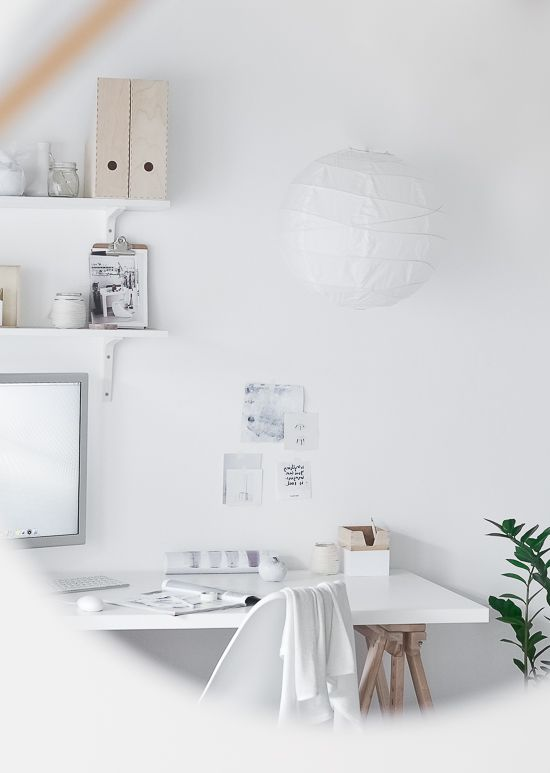 Passion Shake | Garden studio – Workspace (before and after!) | http://passionshake.com