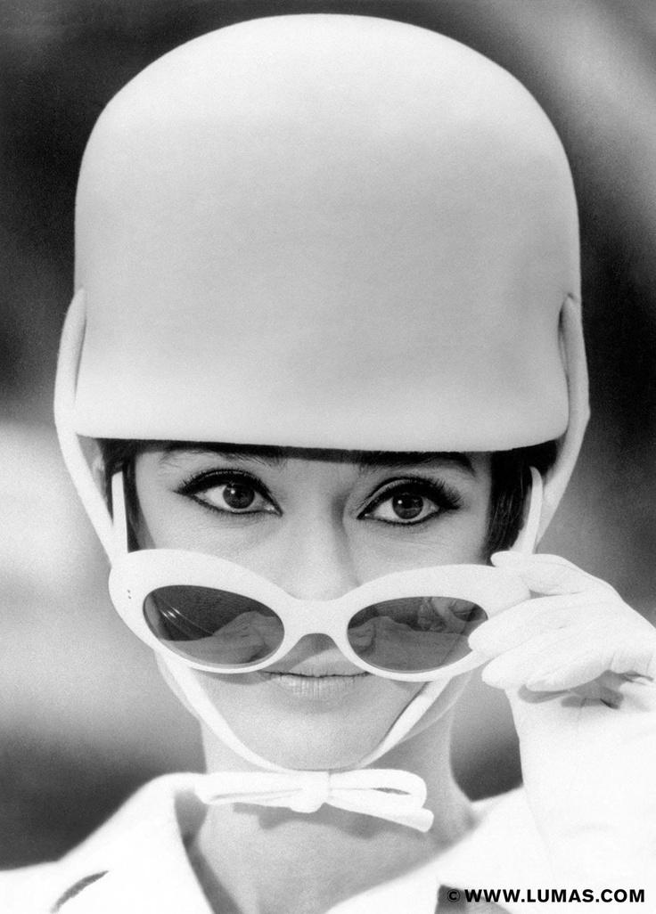 Audrey Hepburn © Nicole Bonnet, www.lumas.com