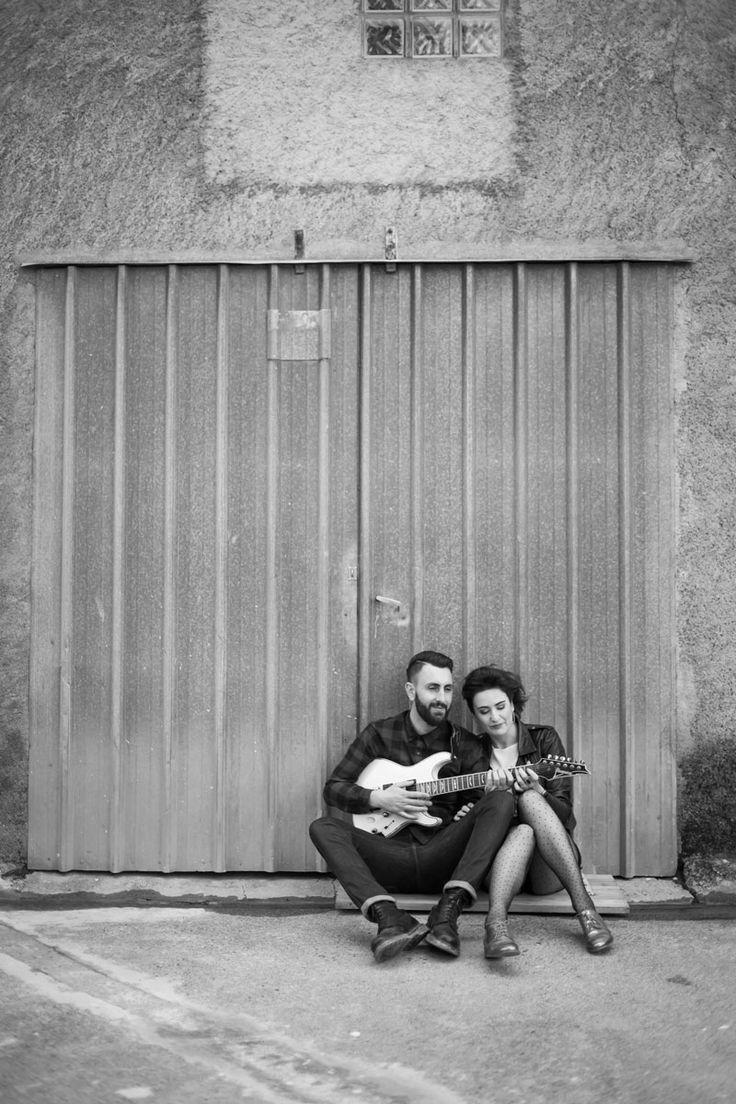 Osez Joséphine guitare électrique Shooting d'inspiration demande en mariage rock -Emilie Massal Photographe