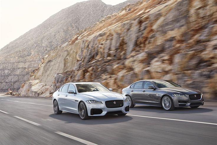 Jaguar XF 2016 silber und grau nebeneinander