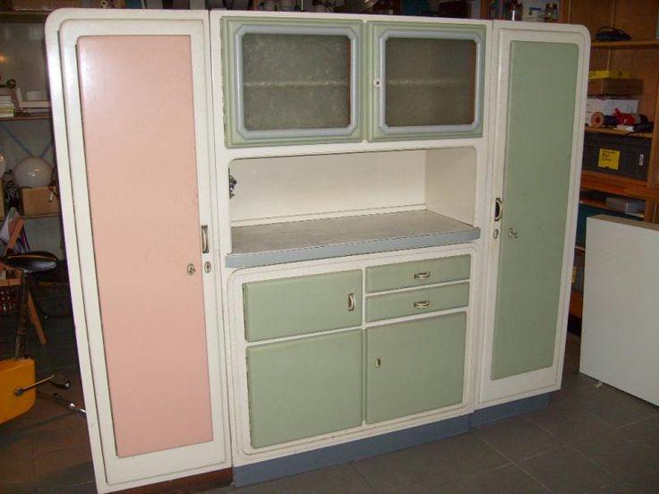 43 best k chenbuffets images on pinterest 40 jahre alte k chenschr nke und aufbewahrung. Black Bedroom Furniture Sets. Home Design Ideas